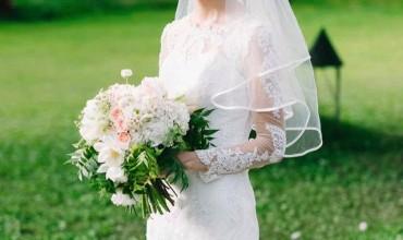 A convertible wedding gown