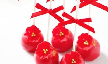 送上超級喜興既大紅色cake pop