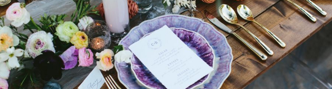 12 Ultra Violet Wedding Details for the Pantone-Obsessed