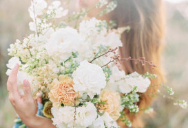 Gorgeous bouquet by Flos on the Folk