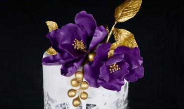 Metallic Engagement Cake!